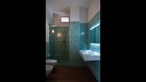 Casam bagno mosaico azzurro ap a studio architetti associati